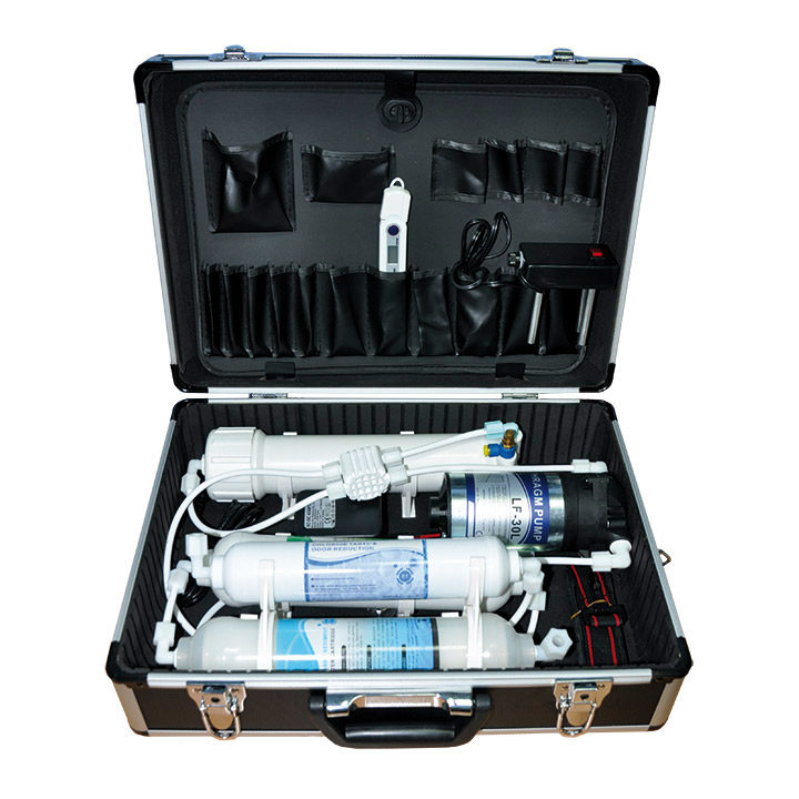 Reverse osmosis demonstration briefcase